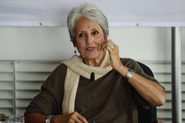 Joan Baez en conférence de presse à Berlin.... (Photo: AFP)
