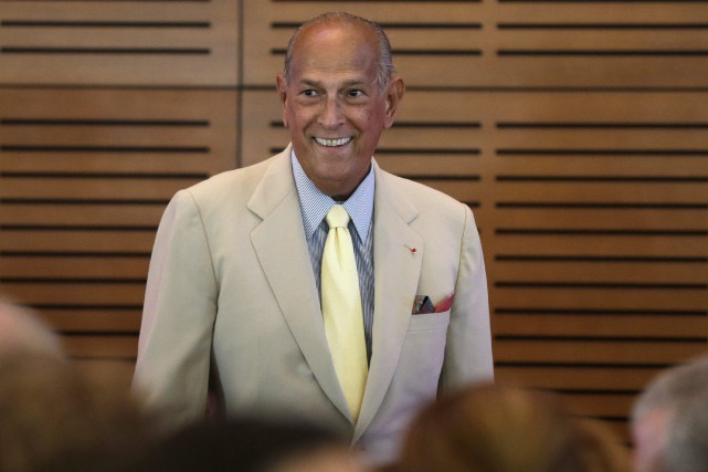 Oscar de la Renta... (PHOTO ARCHIVES AP)