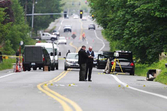 Les deux victimes, soupçonnées d'avoir agressé un employé... (PHOTO STEVE BLOOM AP/THE OLYMPIAN)