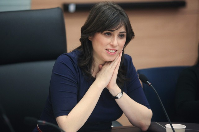 Tzipi Hotovely, 36 ans, est ministre adjointe des Affaires... (PHOTO EMIL SALMAN, AP)