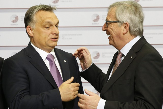 Le président de la Commission européenne, Jean-Claude Juncker... (PHOTO MINDAUGAS KULBIS, AP)
