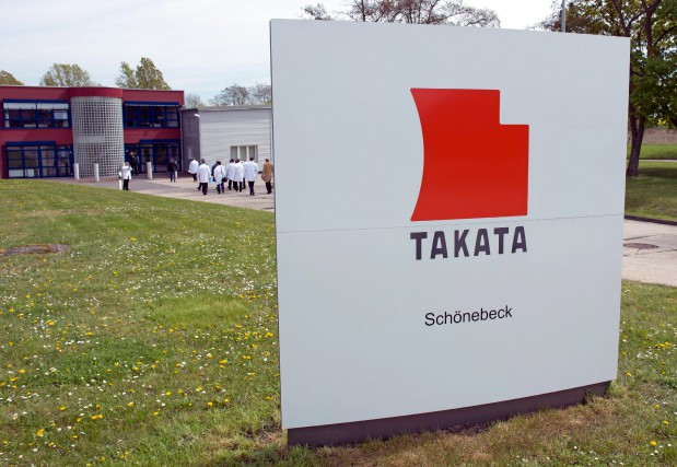 Takata admet du bout des lèvres que certains... (Photo Jens Meyer, archives Associated Press)