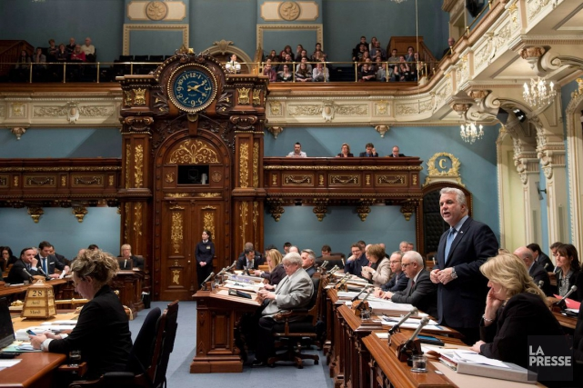 La fonction publique québécoise a subi de profondes... (PHOTO JACQUES BOISSINOT, ARCHIVES LA PRESSE CANADIENNE)