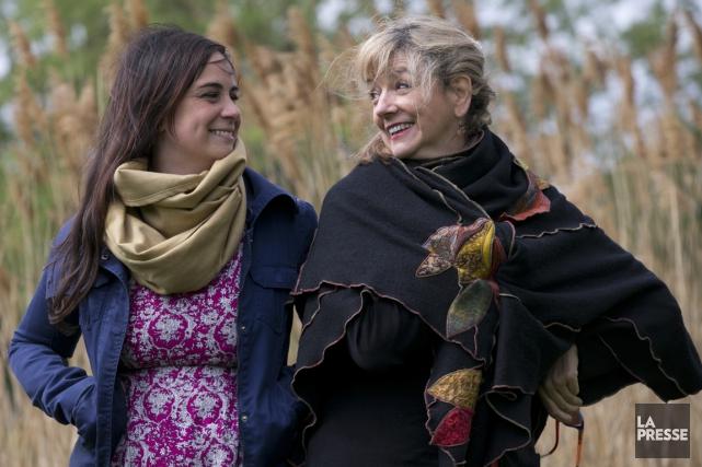 La comédienne Annick Fontaine et la réalisatrice Marquise... (Photo François Roy, La Presse)