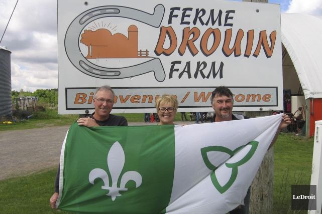 Les propriétaires de la Ferme Drouin, Yves Drouin... (Martin Brunette, LeDroit)