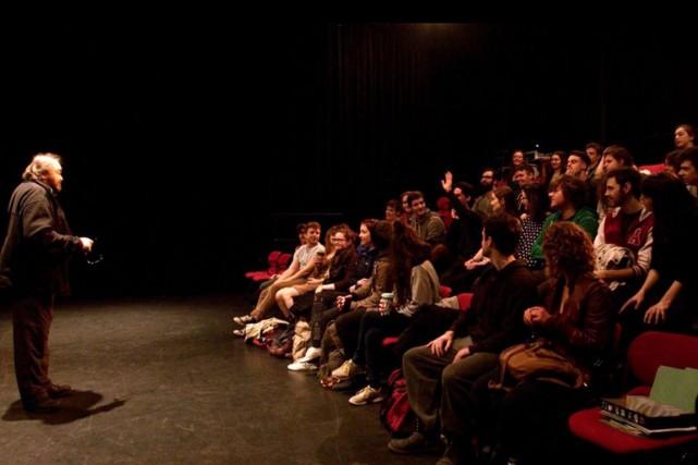 De potentiels étudiants ont été invités au stage... (Photo Fanny Lacasse, tirée d'une vidéo)