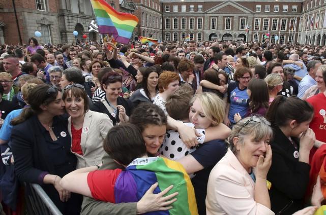 À l'annonce des résultats, les milliers de personnes... (Agence France-Presse)