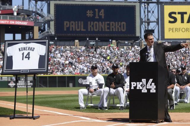 Konerko s'est établi comme un des meilleurs frappeurs... (Photo Paul Beaty, AP)