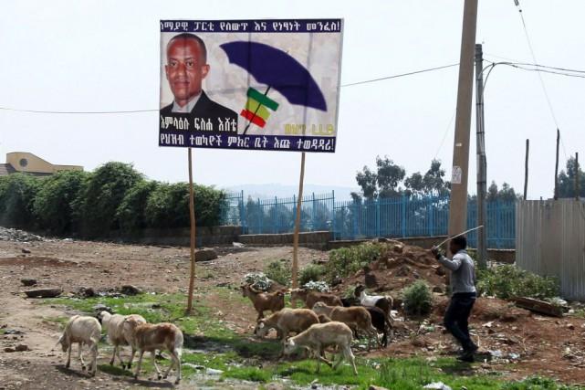 Les bureaux de vote ouvriront à 06h00 et... (PHOTO TIKSA NEGERI, AFP)