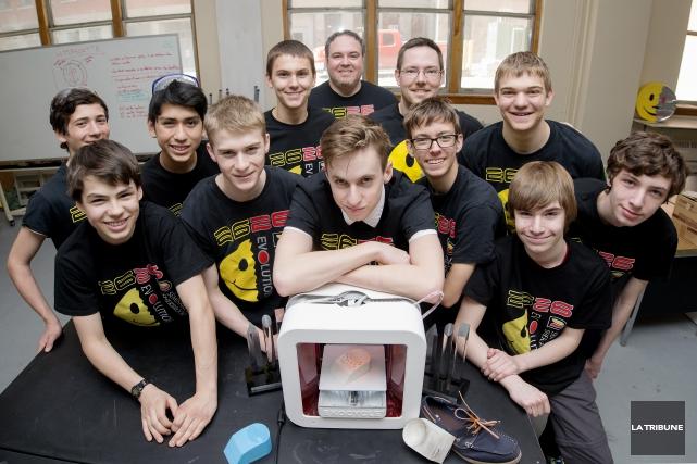 En plus de concevoir des robots, l'équipe de... (Imacom, Frédéric Côté)