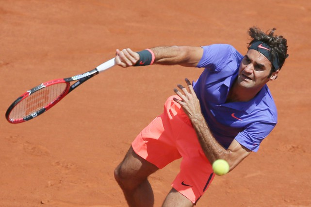 Roger Federer pourrait croiser Stan Wawrinka en quarts de finale.... (PHOTO DAVID VINCENT, AP)