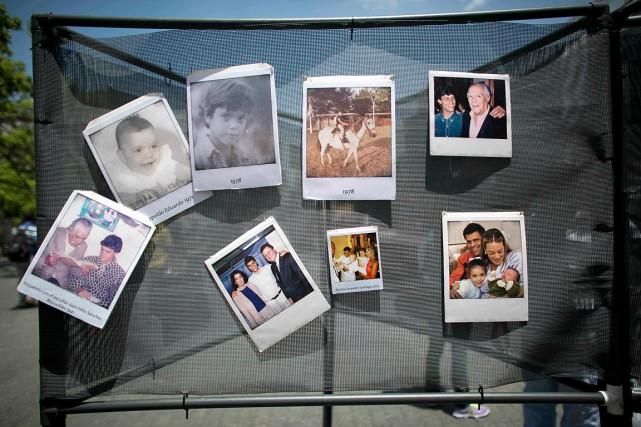 Des photos de famille de l'opposantLeopoldo Lopez sont... (Photo archives AP)