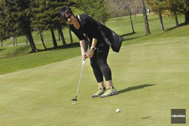 La première édition de l'activité «Cours ton golf»... (Photo Le Quotidien, Michel Tremblay)