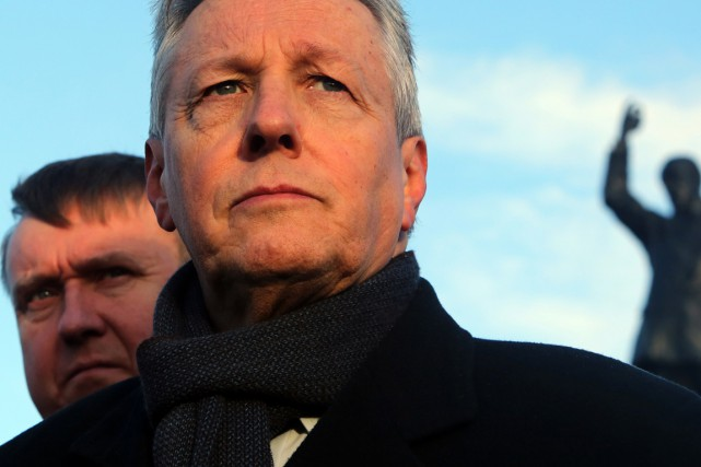 Le premier ministre nord-irlandais Peter Robinson a mené... (PHOTO PAUL FAITH, ARCHIVES AFP)