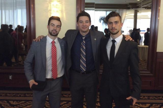 L'entraîneur-chef de l'année dans la Ligue de hockey... (Photo: Courtoisie)