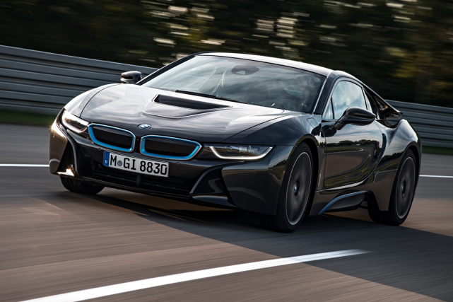 La BMW i8... (Photo fournie par BMW)