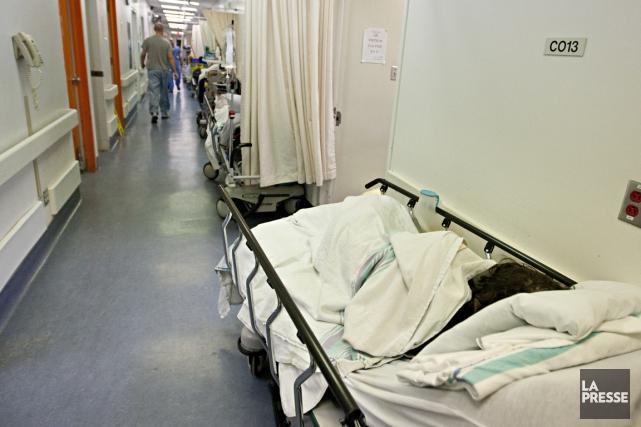 La situation dans les urgences ne s'améliore pas au Québec, révèle le palmarès... (PHOTO FRANÇOIS ROY, LA PRESSE)