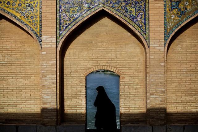 La société iranienne, encore très traditionnelle, accepte mal... (PHOTO BEHROUZ MEHRI, ARCHIVES AFP)