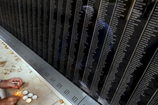 Un mémorial pour les victimes de l'Holocauste est... (Archives Reuters)