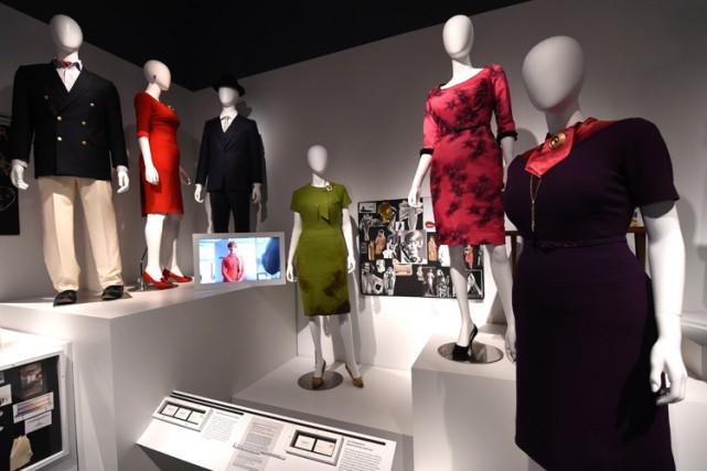 Une trentaine de costumes sont exposés, dont la... (Photo: AFP)
