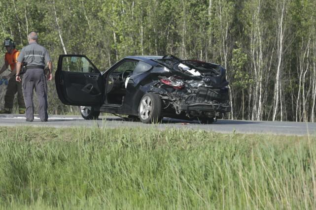 Le Hyundai Veloster était très abimé à la... (photo Catherine Trudeau)