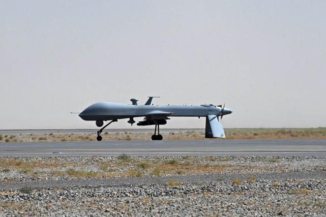 Les commandes données par les militaires à partir... (PHOTO ARCHIVES AFP)