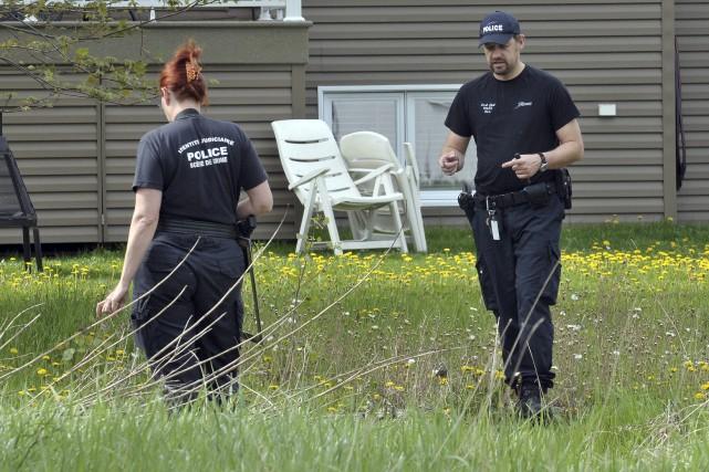 Tôt mercredi matin, des policiers ont été déployés... (Rocket Lavoie)