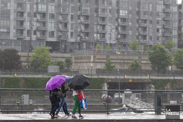 Environnement Canada a émis une veille d'orages violents qui touche la grande... (Photo Hugo-Sébastien Aubert, archives La Presse)