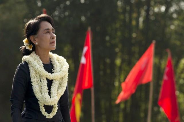 Aung San Suu Kyiest restée muette sur la... (PHOTO GEMUNU AMARASINGHE, ARCHIVES AP)