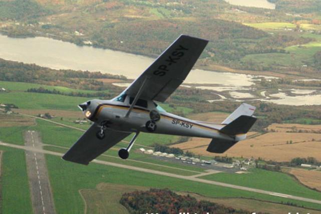 Pendant que Sherbrooke attend un mécanisme lui permettant d'effectuer des... (Photo site web Aéroport de Newport)