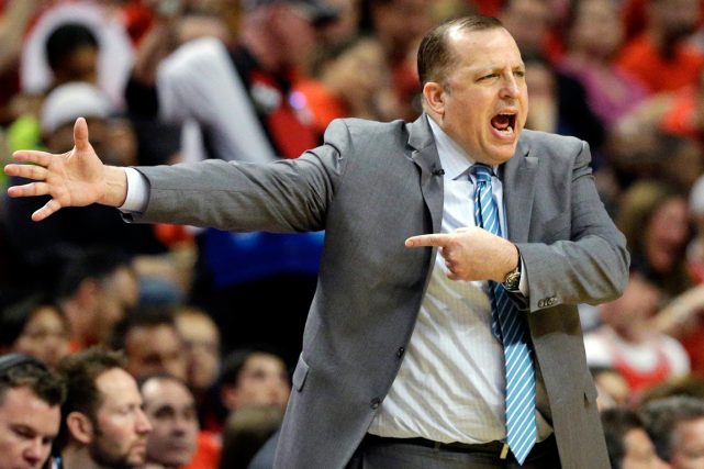 L'entraîneur-chef des Bulls de Chicago, Tom Thibodeau.... (Photo Nam Y. Huh, archives AP)
