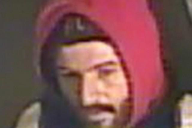 La Sûreté du Québec demande l'aide de la population afin de retracer un homme... (Photo fournie par la SQ)