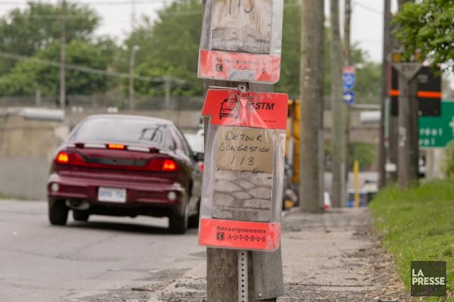 L'arrondissement indique que le trottoir est peu utilisé... (PHOTO DAVID BOILY, LA PRESSE)