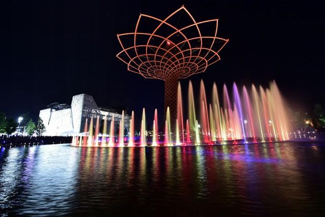 Les premières impressions des visiteurs sont contrastées: l'architecture... (PHOTO GIUSEPPE CACACE, AFP)
