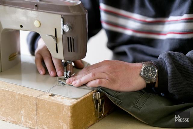 Christian voit le travail manuel comme une nécessité:... (PHOTO FRANÇOIS ROY, LA PRESSE)