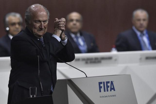 Sepp Blatter,79 ans, se voit ainsi confier un... (Michael Buholzer, Agence France-Presse)