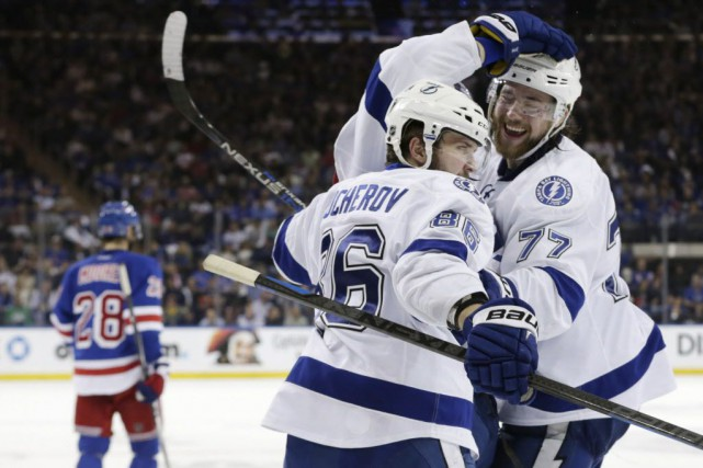 Le Lightning de Tampa Bay a éliminé les... (Photo Frank Franklin, AP)