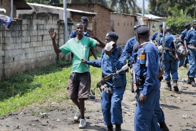 Les manifestations dans les rues de Bujumbura sont... (Photo Berthier Mugiraneza, AP)