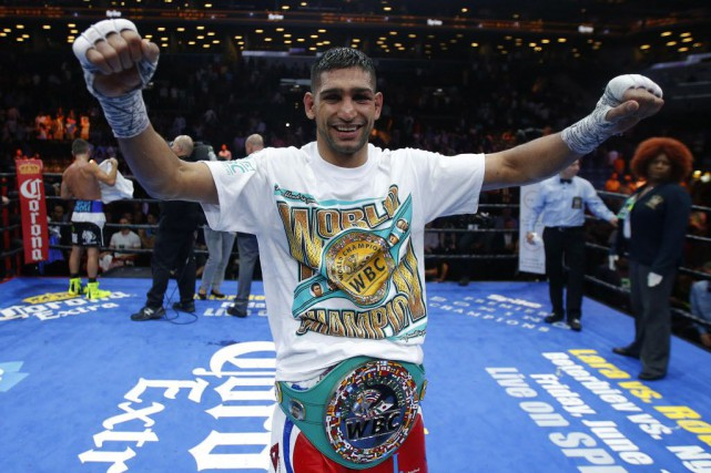 Le Britannique Amir Khan a dominé de bout... (Photo Andrew Couldridge Livepic, Reuters)