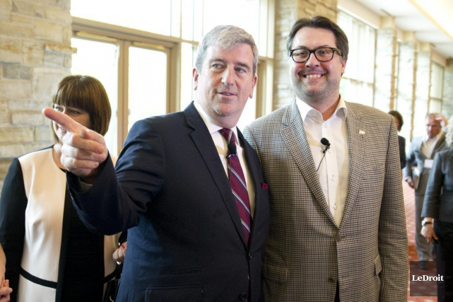 Les ministres ontarien et québécois de l'Environnement, Glen... (Martin Roy, LeDroit)