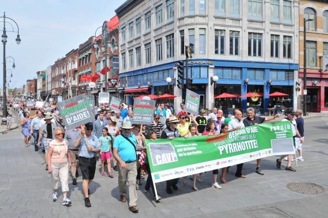 Quelque 3000 personnes, selon les organisateurs, ont participé... (Photo: Émilie O'Connor)