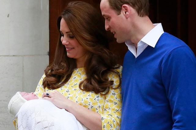 La naissance du prince George, un héritier mâle,... (Photo AFP)