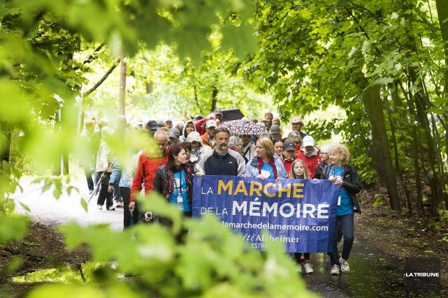 La Marche pour l'Alzheimer était organisée au Domaine... (Imacom, Jocelyn Riendeau)