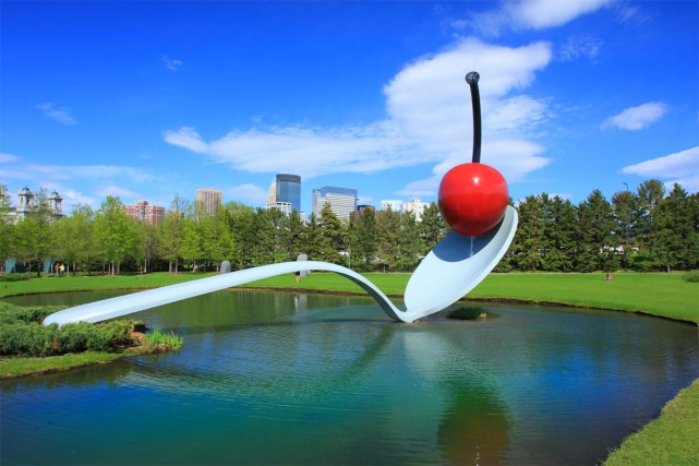 La sculpture Spoonbridge and Cherry, que l'on peut... (Photo: fournie par Meet Minneapolis)