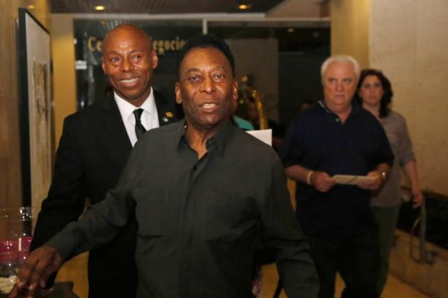Le soutien de Peléà Blatter survient paradoxalement dans... (PHOTO DESMOND BOYLAN, AP)