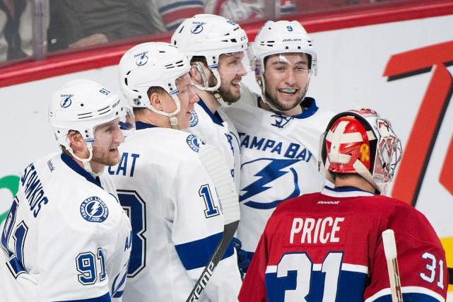 Mine de rien, les jeunes joueurs du Lightning... (PHOTO GRAHAM HUGUES, ARCHIVES PC)