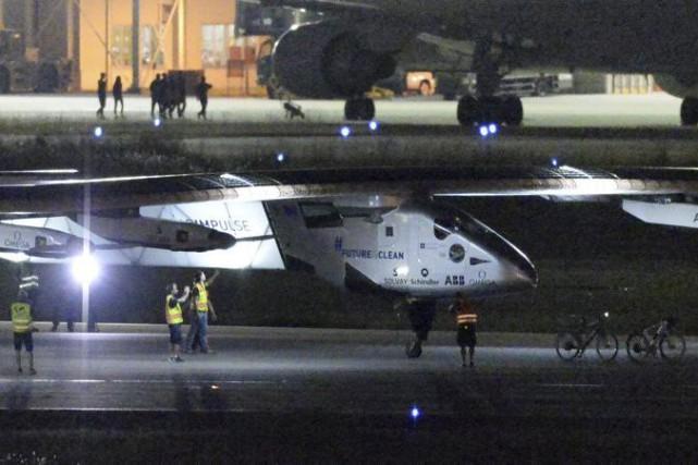 Solar Impulse 2, dont les ailes sont tapissées... (Photo: AP)