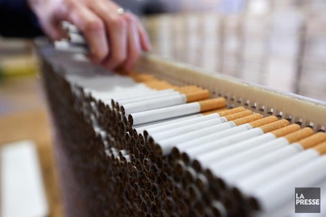 Les cigarettiers ont annoncé qu'ils contesteraient le jugement,... (Photo d'archives)