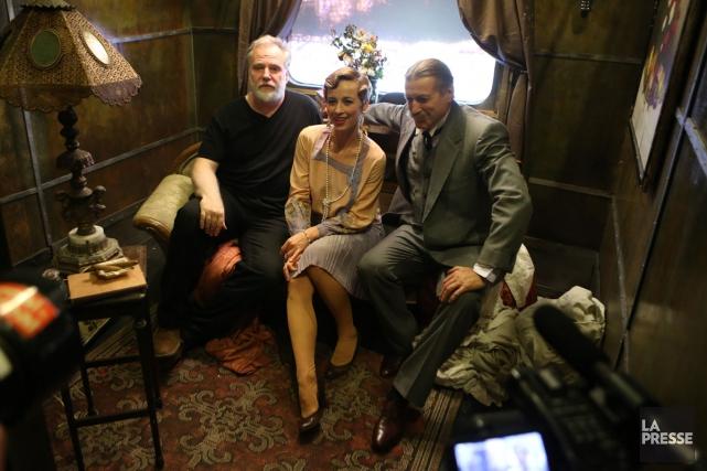 Guy Maddin (à gauche) sur le tournage du... (Photo: Martin Chamberland, archives La Presse)