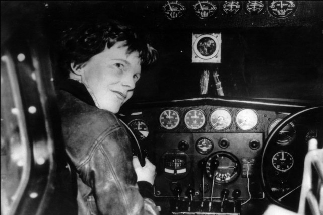Première femme à avoir traversé en 1932 l'Atlantique... (Photo archives AFP)